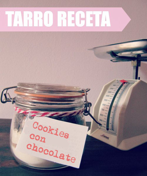 Presentación tarro receta de cookies con chocolate