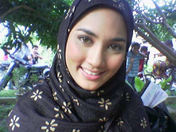 Koleksi gambar Fasha sanda bertudung