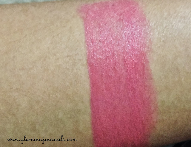 Maybelline Bold Matte MAT1 in India | Review, Swatches and FOTD