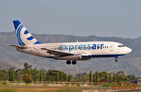 Express Air 737-200 PK-TXD