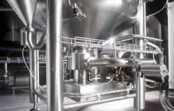 Mixer in beverage industry