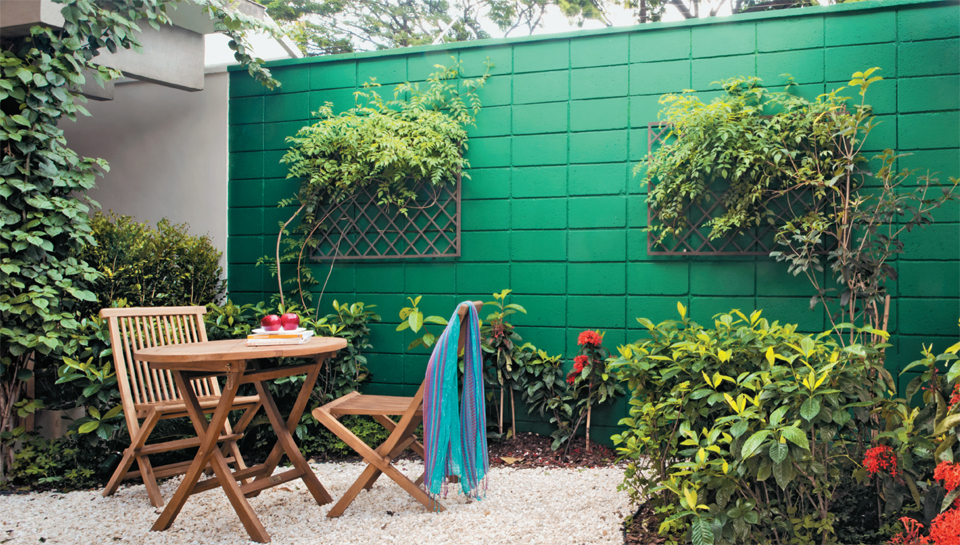 jardim quintal fundos: de verde ajudou na decoração do Jardim de Edu Bianco – paisagista