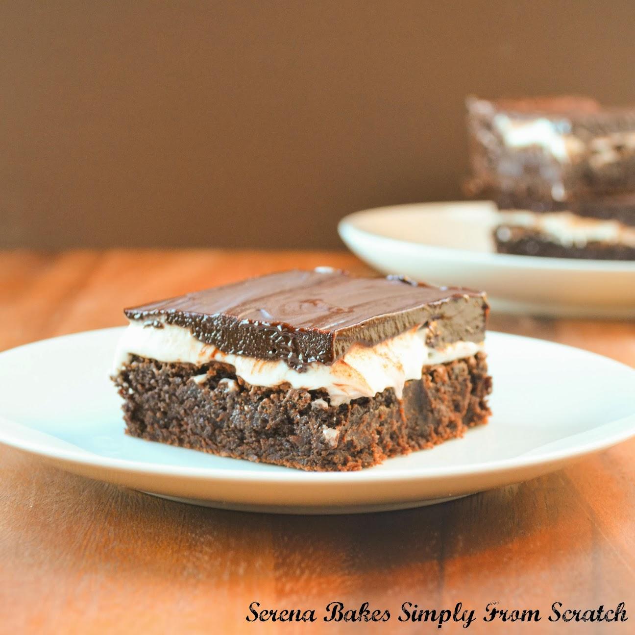 Creme-De-Menthe-Fudge-Brownies-Serve.jpg