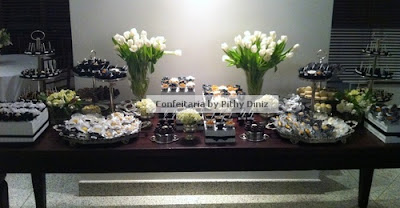 pb5 Festa Black & White + Mesa de doces Confeitaria