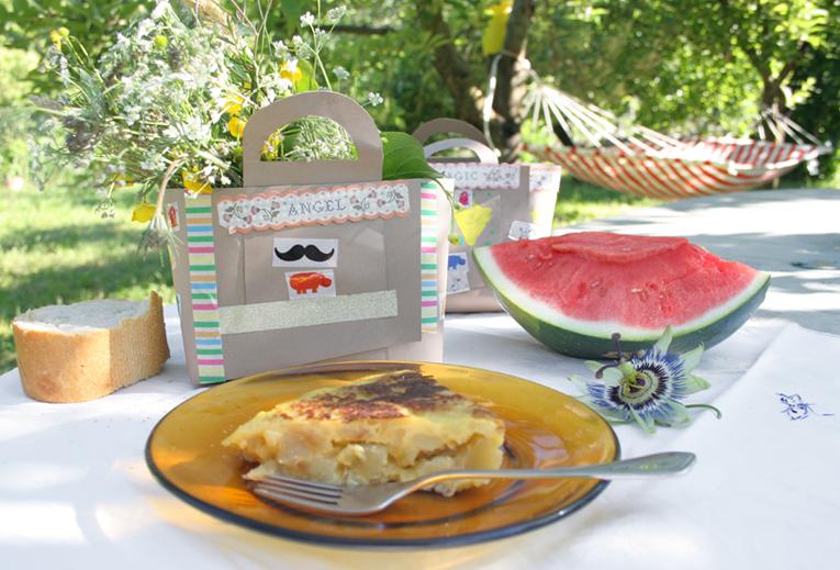 Decorar en familia_Taller de Creactividad: Diy cesta de picnic de cartón9