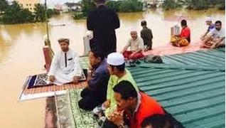 Kisah Solat Jumaat Atas Bumbung Masjid Kuala Krai Terbongkar