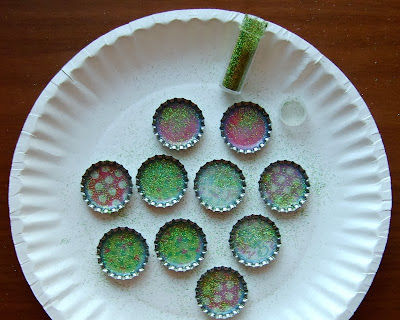 Bottle Cap Christmas Tree Card Craft Tutorial Step 3