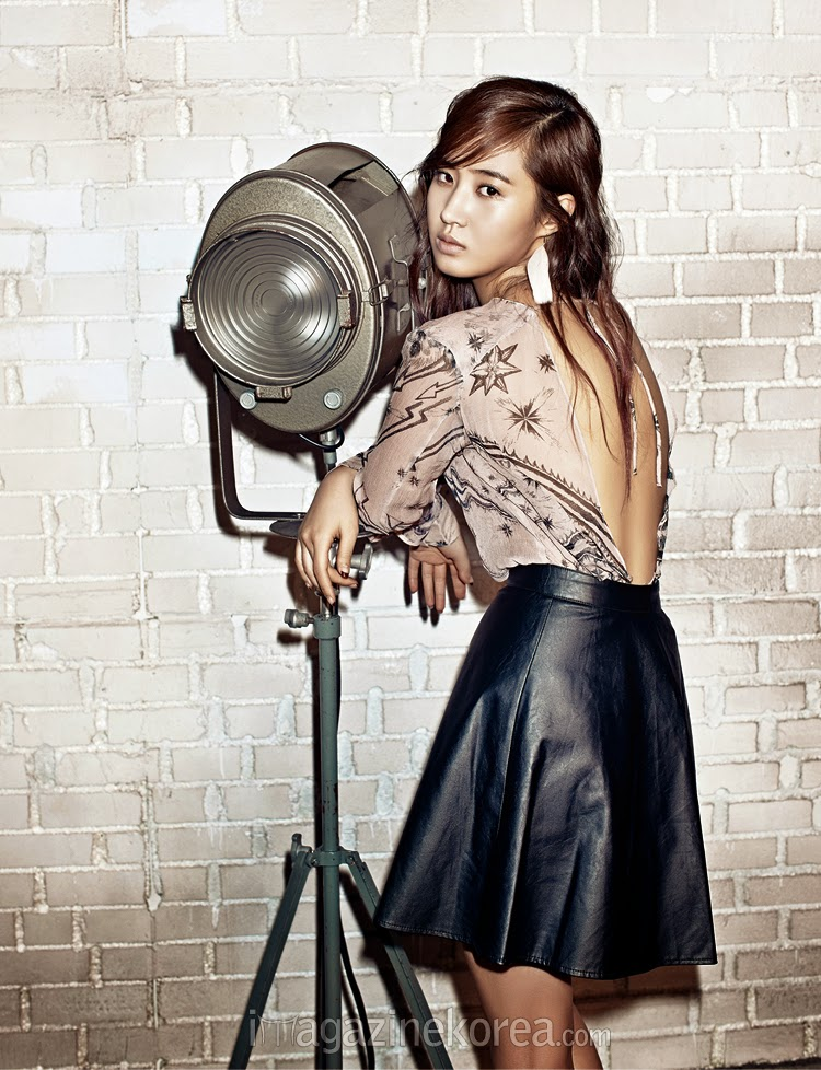 Yuri SNSD Harper's Bazaar March 2014