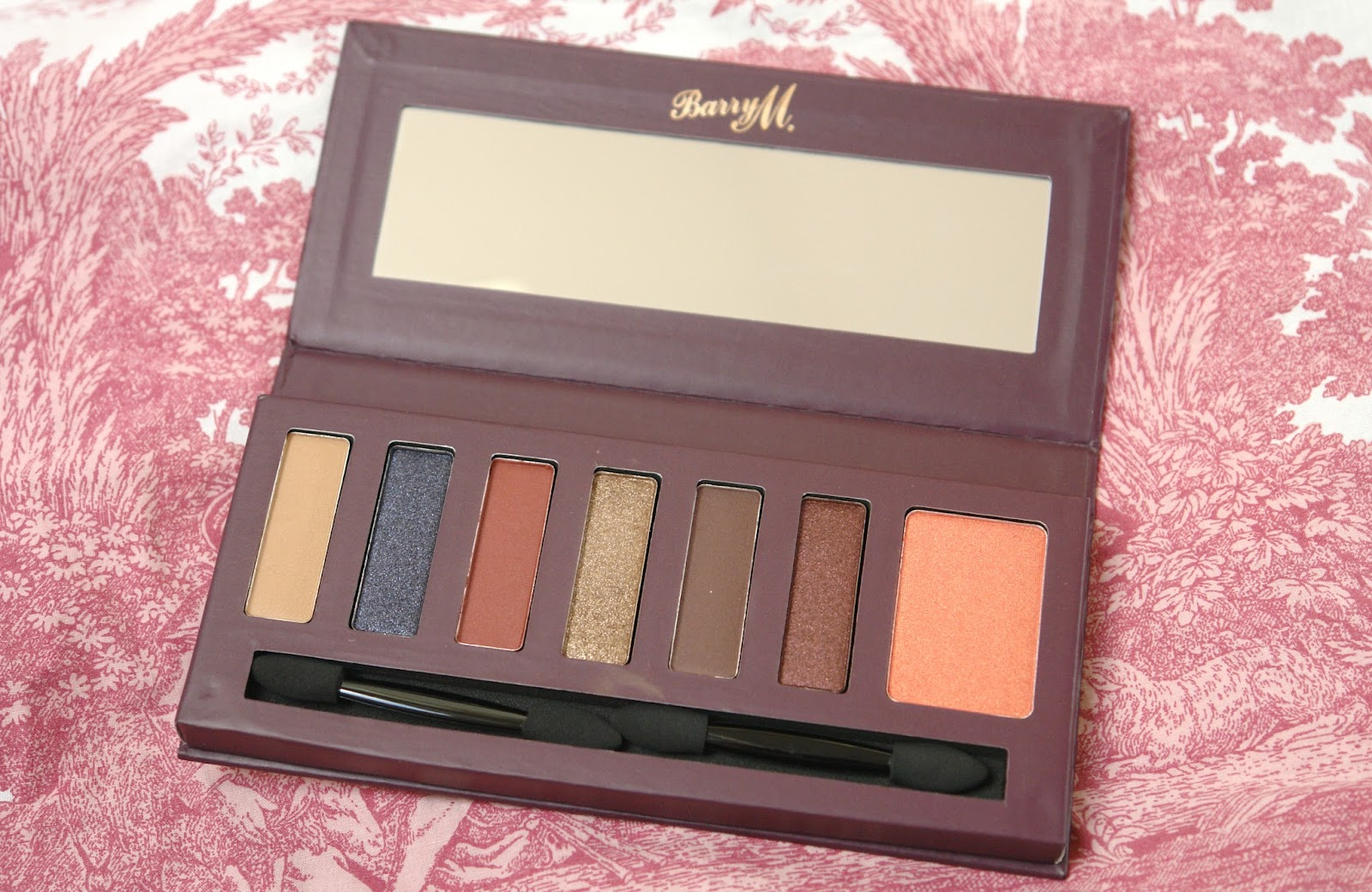 Barry M Starry Eyed Shadow & Blush Palette review, Barry M, beauty, eye shadows, make up, palette, review, swatches, blogger