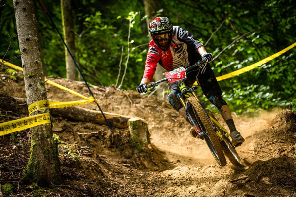 Rocky Mountain Urge BP Rally Team vs. Enduro World Series, Samoens France