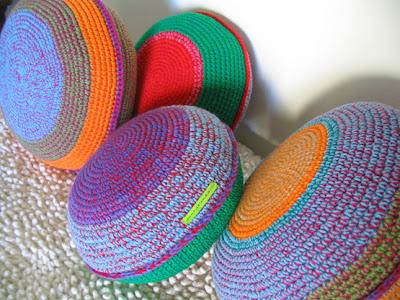 1 tejidos almohadon - Trucos para decorar con almohadones tejidos crochet...