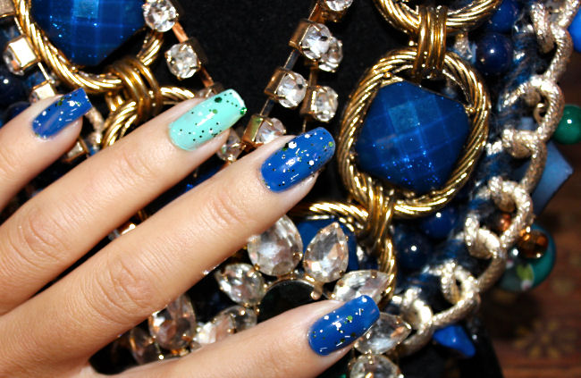 Nails of the week: Blue & Mint. Nails of the week. Blue amd mint color comibination. Best nails color combination.