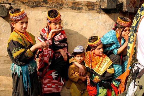 bộ tộc người đẹp như Tây ở châu Á 4