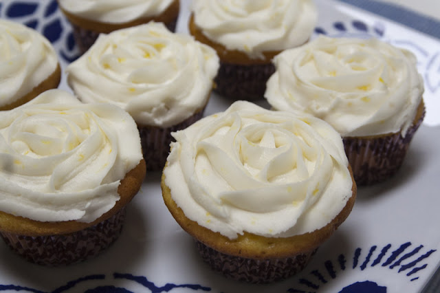 lemon cupcakes 2