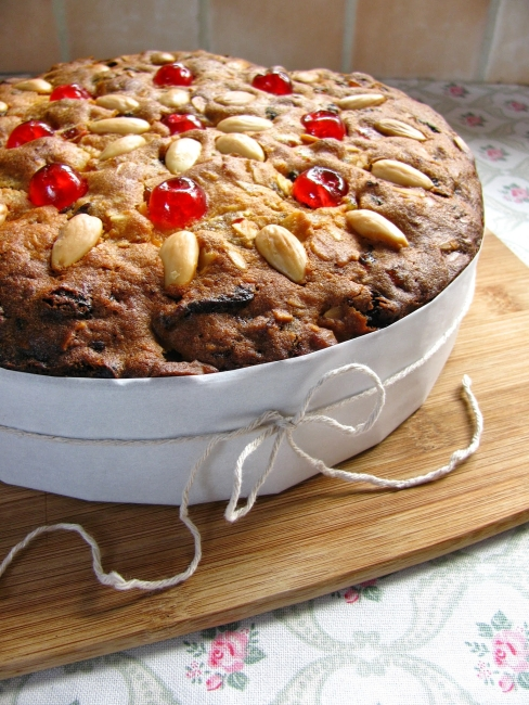 light Christmas cake