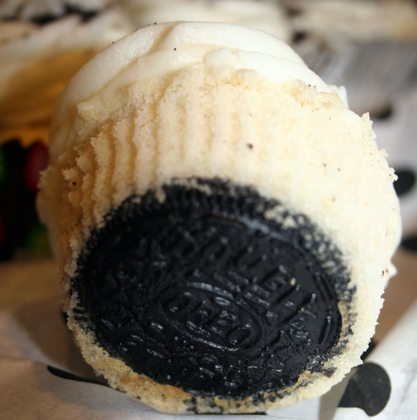 how to make oreo cupcakes with cake mix