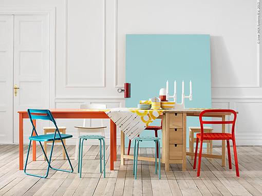 Decoraci n f cil comedores con sillas de diferentes colores - Sillas comedor colores ...