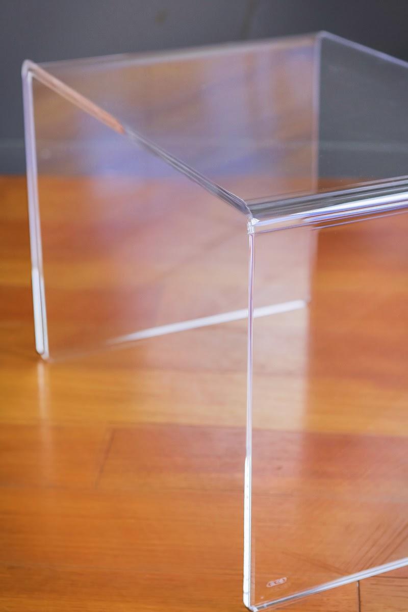 Tavolino salotto trasparente