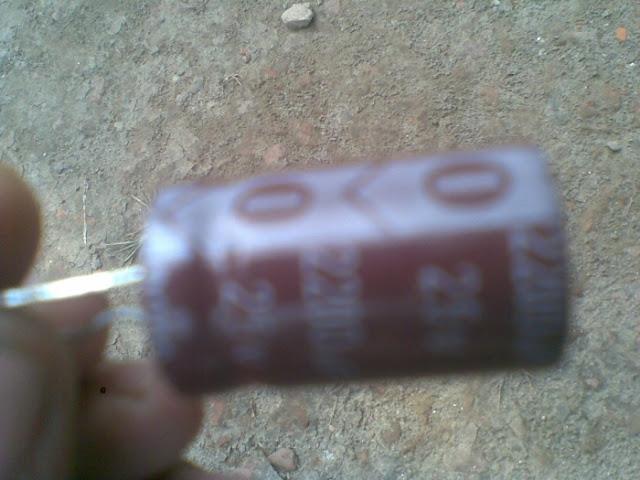 Electrolyte capacitor 35V 3300mfd.