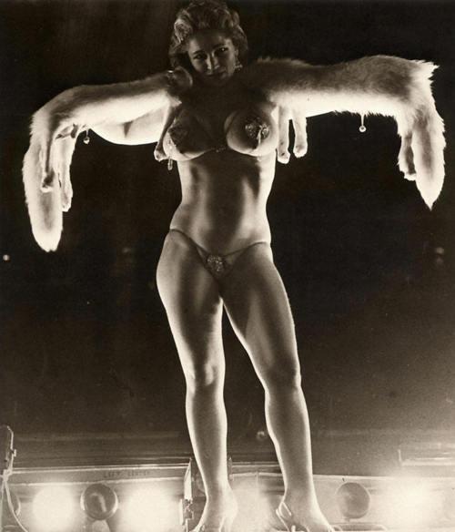 Free Nude Latina Women