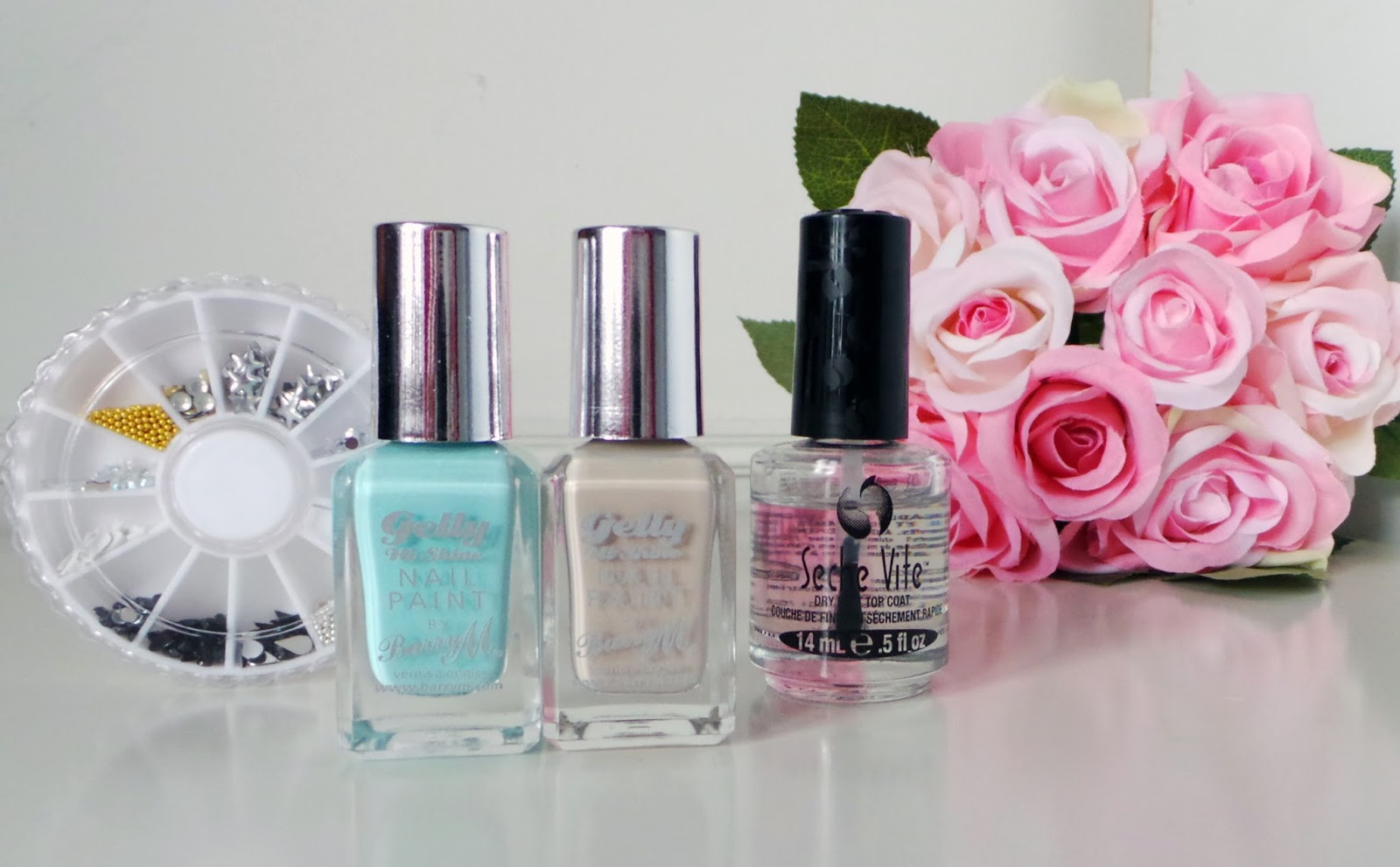 barry m gelly hi shine pastel collection, barry m gelly hi shine pastel review, barry m gelly hi shine pastel sugar apple, barry m gelly hi shine lychee, barry m gelly hi shine pastel nail art, nail art, nail designs, nude nails, pretty pastel nails, NOTD, nail blog, nail bloggers, nailbloggers, nail art blog,  primark nails, primark nail art, primark nail wheel, cheap nail products, gold studs, gold stud nails,