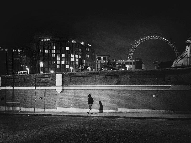 ©Rupert Vandervell - Dark Hours. Fotografía | Photography