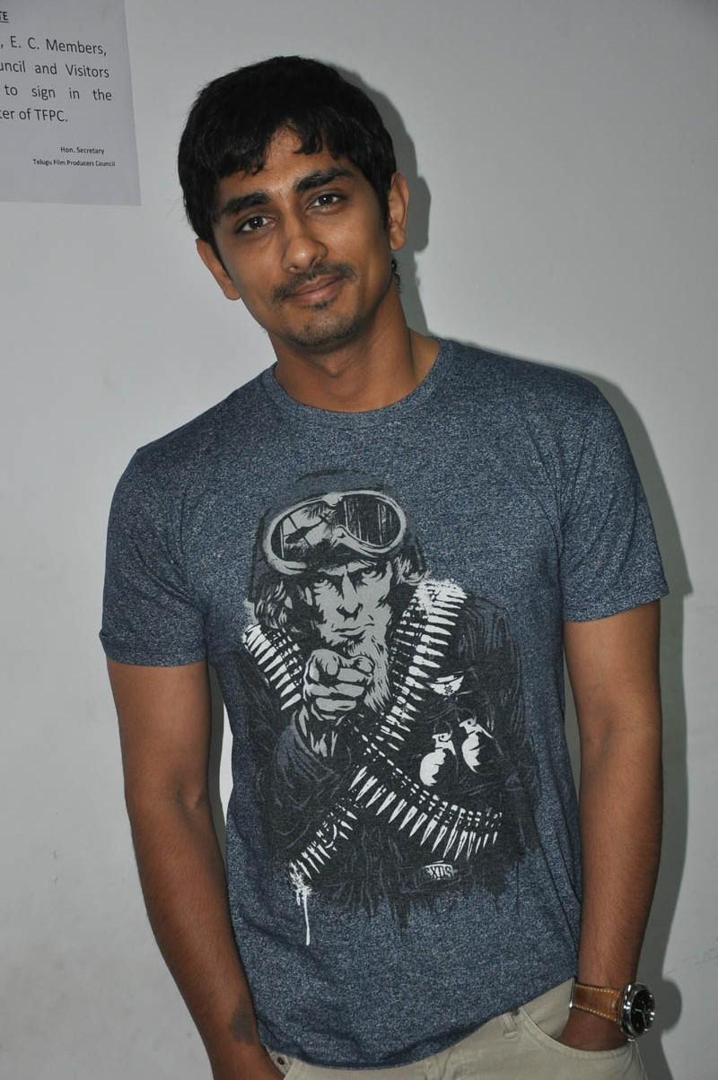 Siddharth Cool Stills Jabardast Movie Press Meet