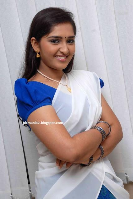 malayalam actress sanusha hot navel