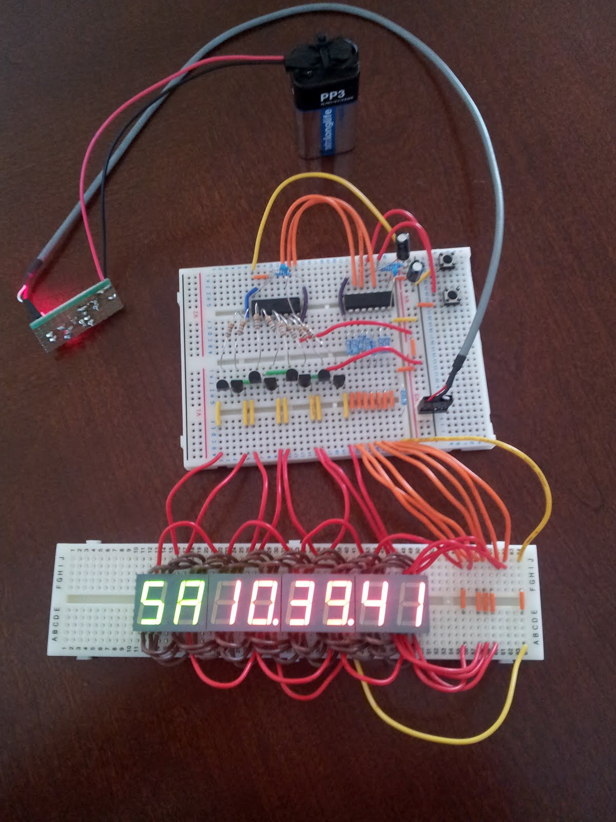 Daves Z80 Journey Circuitlab Arduino 555 Watchdog Circuit With The Additional Displays There Is A Noticeable Flicker As Each One Updated And This Because Delay Between Refreshing Digit Has Doubled