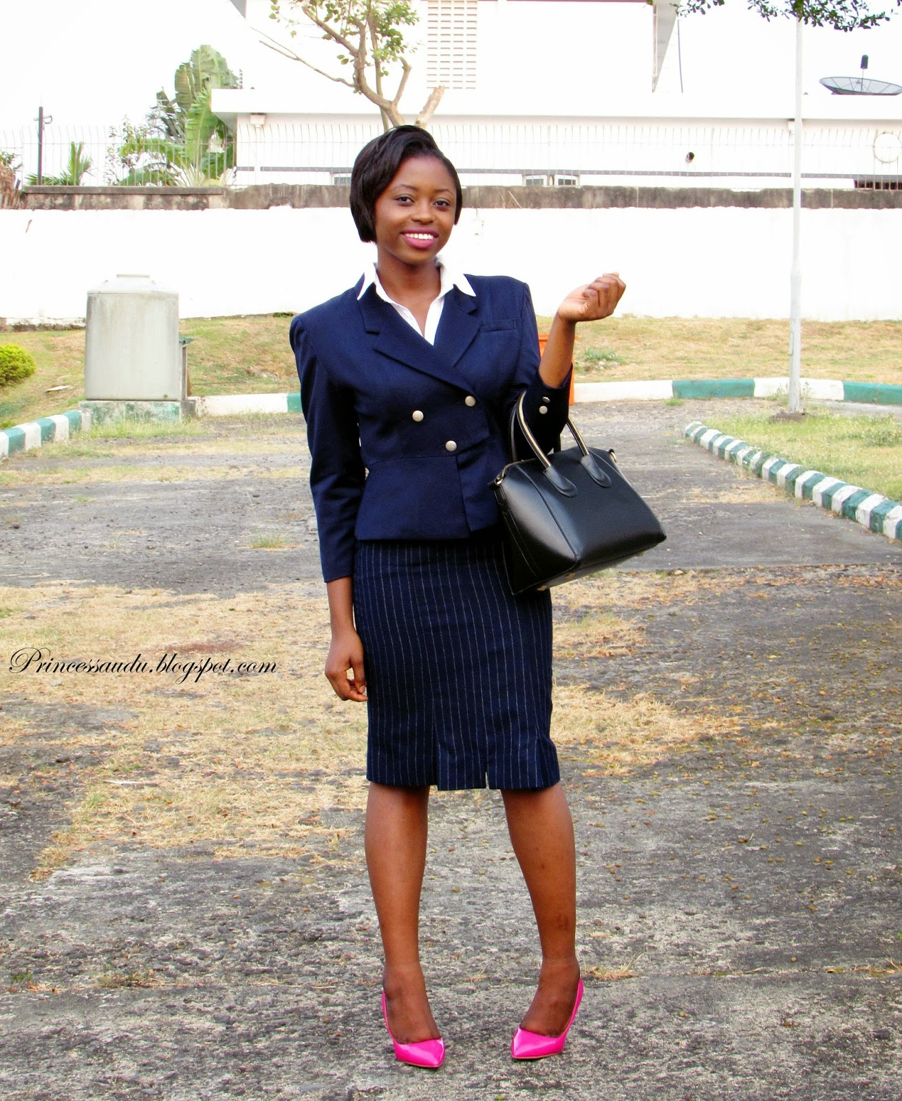 work attire, pink court shoes, black tote bag, pinstripe, vintage blazer, navy blue
