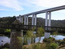 As Pontes a velha ferroviária e a nova Rodoviária