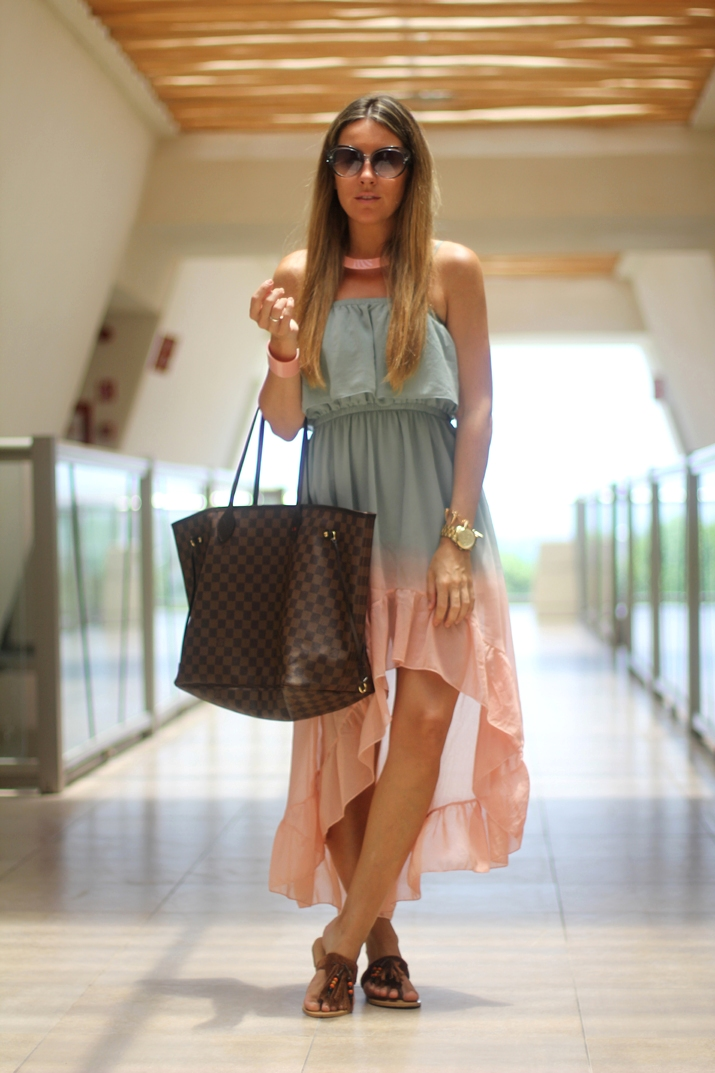 Outfit with ombre dress by fashion blogger Mnica Sors, in Mxico