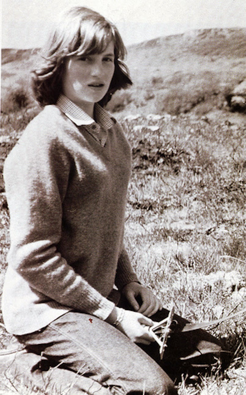 Rare Photos Of Young Princess Diana Vintage Everyday