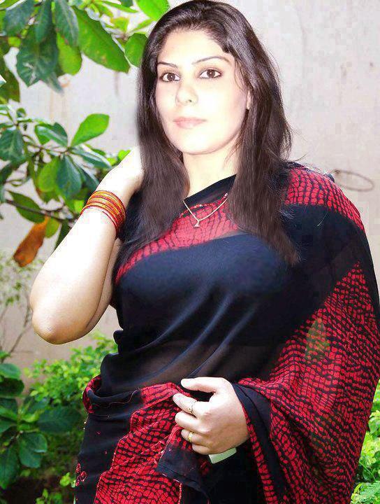 mom Pakistani sexy