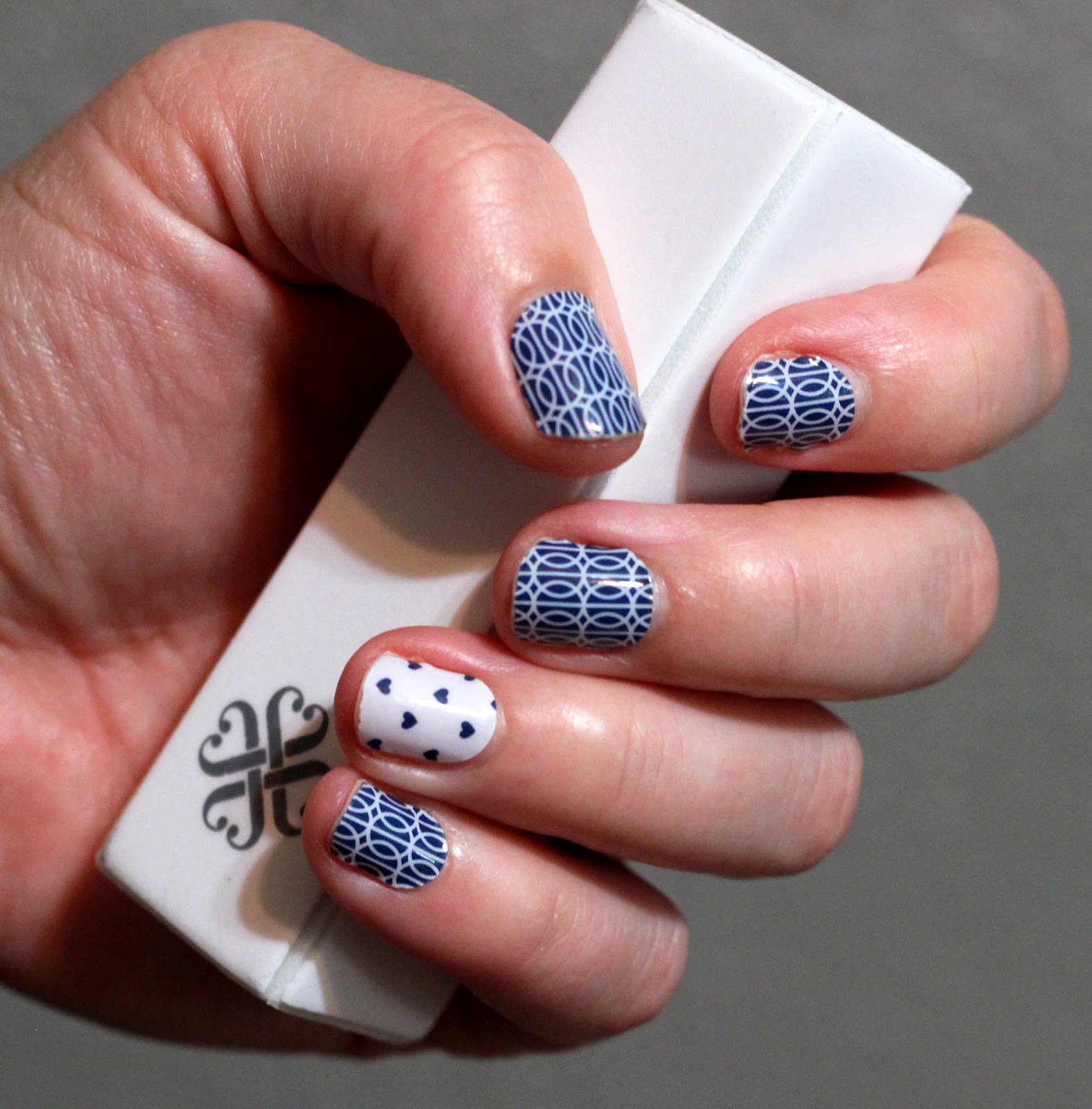 No Smudge Nails: Can adults wear Jamberry Juniors?