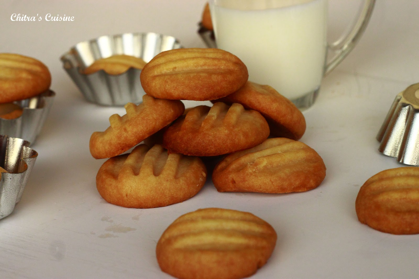 Chitra's Cuisine: Shortbread Cookies/Butter Cookies
