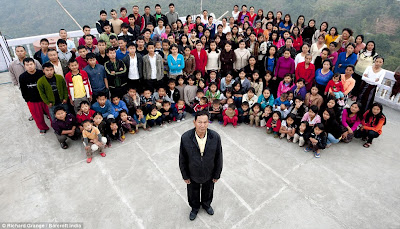 World Biggest Family by cool wallpapers at cool wallpapers and cool and beautiful wallpapers