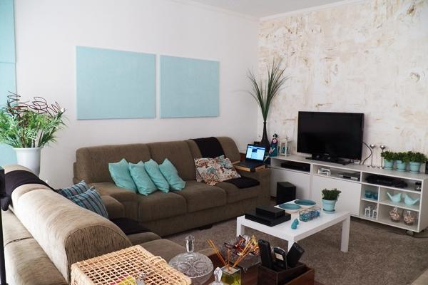 Sala De Tv Com Sofa Marrom ~ Salas com Azul Turquesa # decoracao de sala marrom e bege