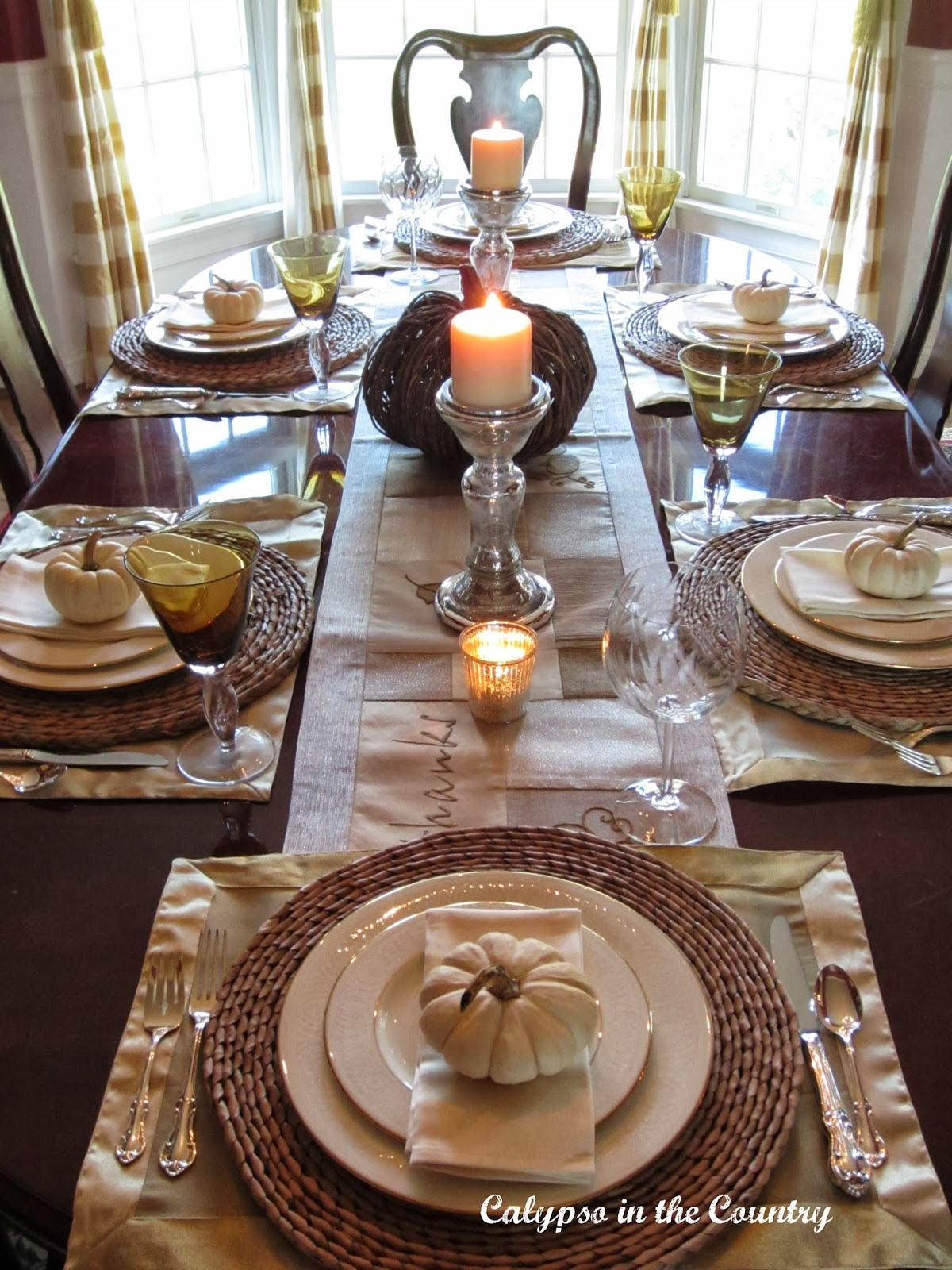 Festive fall table setting with white pumpkins calypso for Fall table