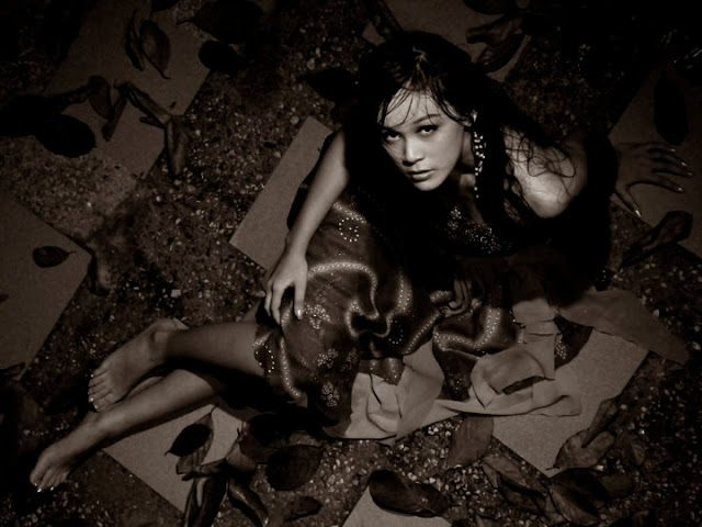 MyanmarGirls-Nan Thu Zar - Modern Art Photoshoot