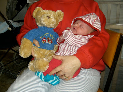 baby elliot with bear