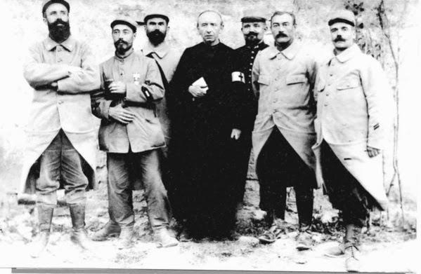 http://www.la-croix.com/Religion/Actualite/Jean-Emile-Anizan-un-aumonier-sur-le-front-2014-01-29-1098185?xtor=EPR-9-[1300569174]