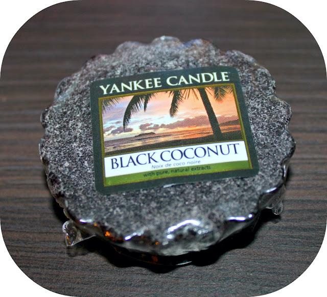 Yankee Candle wosk *Czarny kokos*