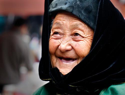 40 câu châm ngôn đầy triết lý của một cụ bà ở Thái Nguyên