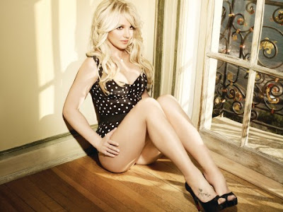 All Curvy Britney Spears in Femme Fatale Photoshoot. Cleavage that we all love!