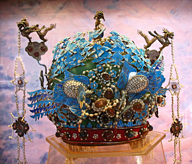 Chinese royal phoenix crown