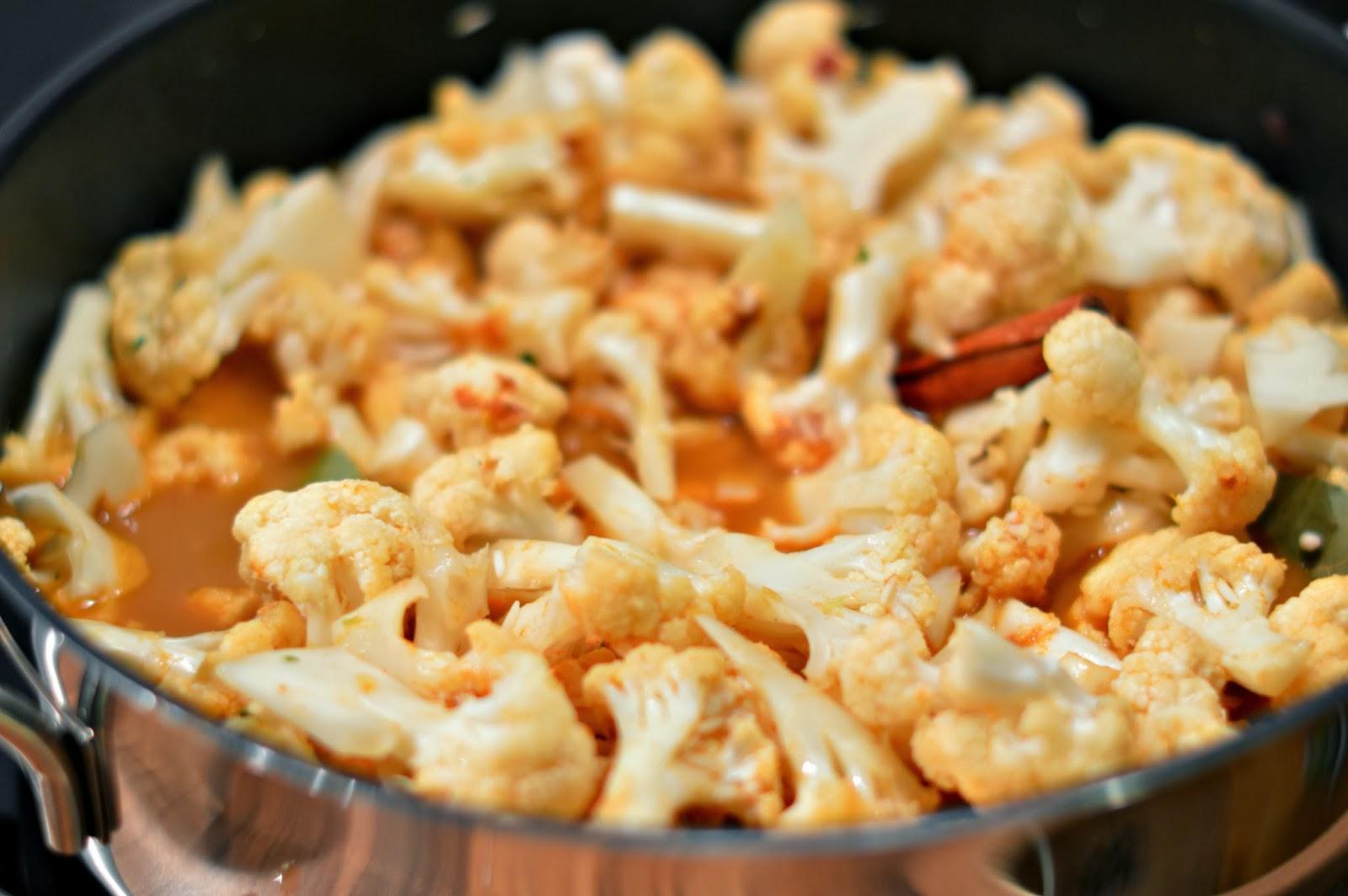 Cauliflower, Curry and Rice Recipe
