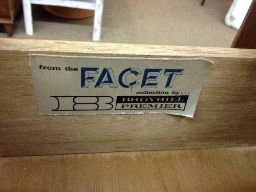 Broyhill Premier Facet Furniture