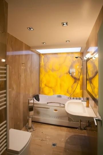 Баня оникс със светеща стена и таван 3