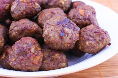 Low-Carb and Gluten-Free Baked Swedish Meatballs found on KalynsKitchen.com